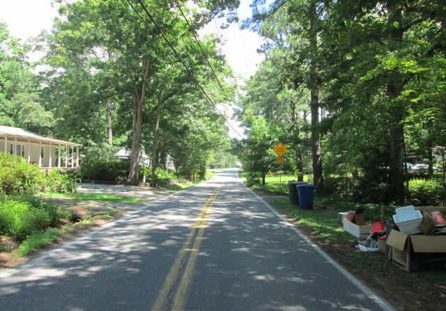 Street View - Trash